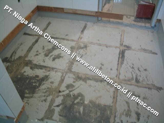 Lantai Beton Sebelum diberi Waterproofing Coating